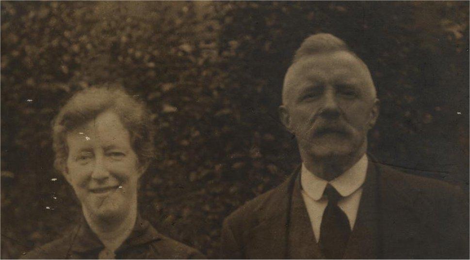 WILIAM BENTLEY HALLIDAY & MOTHERS MOTHER